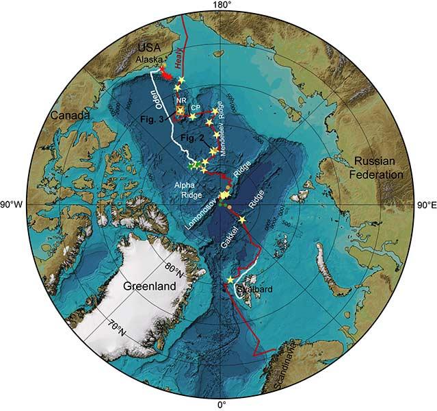 Kartan visar isbrytarna Oden och Healy's transekt i Arktiska oceanen. Sedimentkärnorna som är tagna från Healy visas med stjärnor, provtagningssstationer med CTD-rosett visas med svarta prickar och provtagningsstationer med smutsig is visas med röda prickar.