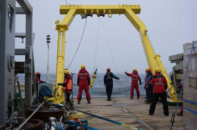 Launch of an Argo float. Photo: Povl Abrahamsen