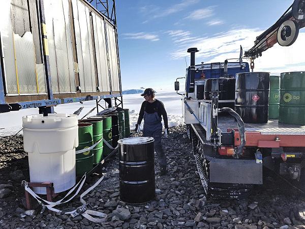 Replacing the garbage bins