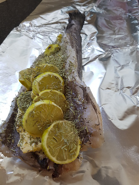 Hake in foil packets. Photo: Karin Winarve