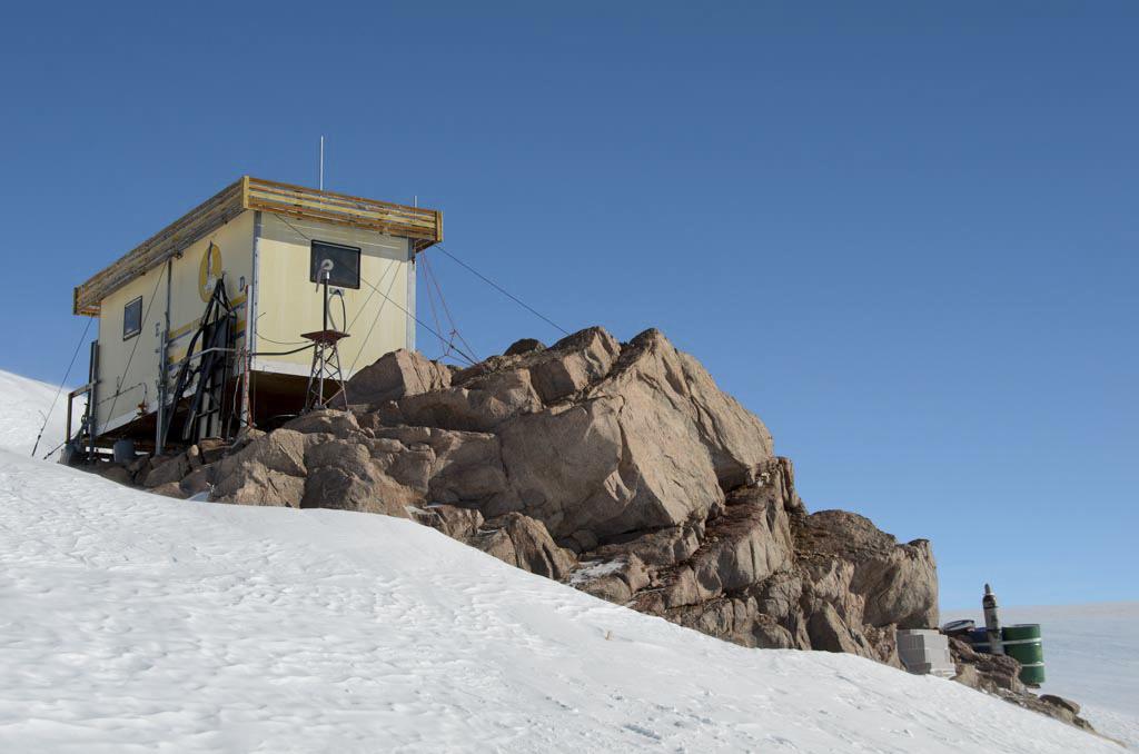 Svea research station. Photo: Nat Lifton