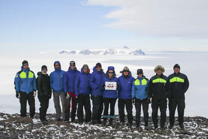 De tio expeditionsdeltagarna