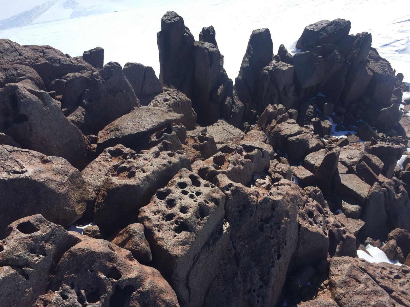 Spår i klippa efter inlandsisen