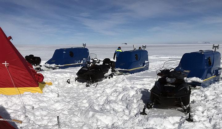 Läger på isen