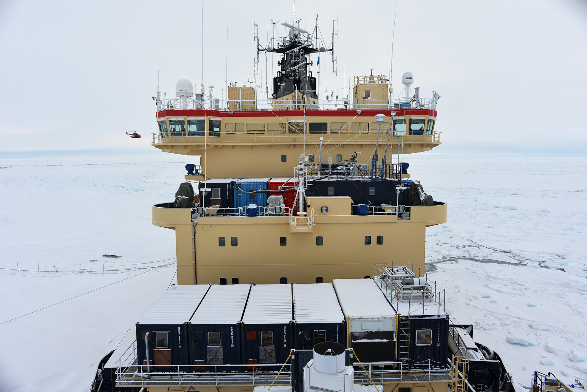 Our main working place on the 4th deck of Oden. The red Swiss lab-container to the left of the aerosol lab where our inlet systems and instrumentation were installed. Photo: Paul Zieger